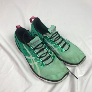 Asics | Size 8. Green Training Shoes